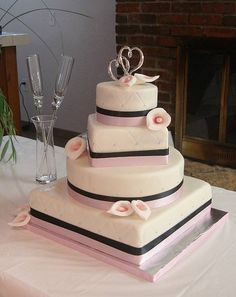 Pink Swan Events - 4 Tier Wedding Cake with Calla Lillies (www.PinkSwanEvents.com)