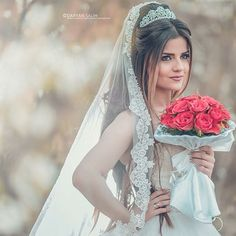 Kurdish bride Pinterest: @kvrdistan