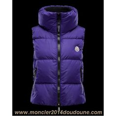 14965bc3ad5c Moncler women s outerwear collection  view features and buy online directly  from the Official Moncler Store.