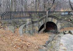 springbanks arch 102nd Street