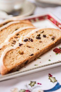 Weihnachtsstollen mit Cranberries & geröstetem Marzipan Grand Marnier, Marzipan, Bread, Food, Souffle Dish, Kuchen, Christmas, Brot, Essen