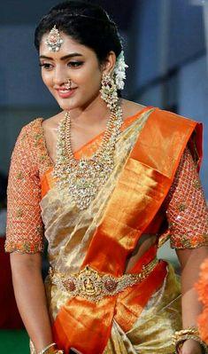 South Indian Wedding Saree, Indian Bridal Sarees, Bridal Silk Saree, Indian Bridal Fashion, Indian Beauty Saree, Saree Wedding, Wedding Saree Blouse Designs, Pattu Saree Blouse Designs, Half Saree Designs