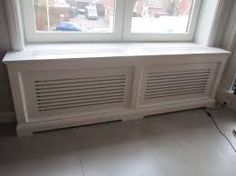 mooie lange sleuven Diy Radiator Cover, Window Benches, Painting Frames, Interior Decorating, Sweet Home, New Homes, Home Appliances, Windows, Living Room