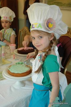 Have Your Cake And Eat it, Too! (A Cake Decorating Party)