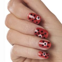 Hot Spring Nail Art Ideas - Colorful nails never go out of style, therefore try your hand at the hot spring nail art ideas presented below. Use the key color trends to pull off an A-list and on trend manicure. Decorate your nails with lovely prints and patterns to make sure you stand out from the crowd with your unique look.