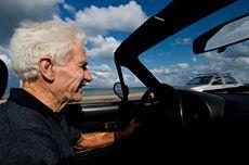 4 driving tips for older motorists - AllAboutVision.com