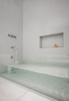 13 best transparent bath ideas images bathtubs tubs bath tubs rh pinterest com