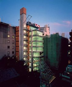 Kabuki-cho Tower / Tokyo / Japan Architect: Rogers Stirk Harbour + Partners http://www.architravel.com/architravel/building/kabuki-cho-tower/