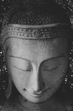 via nativsun: Buddha.
