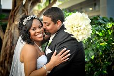 "A ""Royal"" Purple and White Wedding by A Little Bit of Whimsy Photography: Katrina and Wayne - Munaluchi Bridal Magazine"