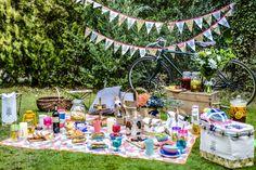 ライフスタイルブランド「BRUNO(ブルーノ)」より、 ピクニック&アウトドアアイテムを集めた新シリーズ「ピクニックパーティー」が2月中旬より発売します。 ピクニックバスケットやランチバック、カラフルな食器…