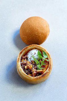 Le concept imaginé par le boulanger Éric Kayser et l'ex- Top Chef Jean Imbert fait un carton. Un bol de pain qui sert d'écrin à votre déjeuner.