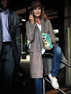 Lauren Hutton, Style and Beauty Icon, Menswear, Coat, Denim, Beautiful, Effortless, Cool