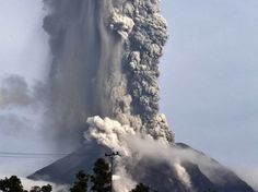 Indonesia's Mount Sinabung Volcano rocked by large explosive eruption   The Extinction Protocol