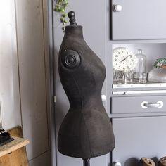 Mannequin, taille de guêpe « La Bruyère