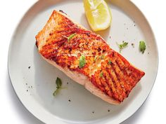 Broiled Salmon with Lemon For quick weeknight meals, go for the broiler. It preheats in a flash and acts like an upside-down grill, bringing salmon and veggies to . Lemon Recipes, Fish Recipes, Seafood Recipes, Dinner Recipes, 21 Day Meal Plan, Cooking Light Recipes, Healthy Snacks, Gourmet, Healthy Recipes
