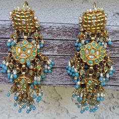 A close-up of the earrings from my previous post. #showmeyourearrings #turquoisetuesday #turquoise