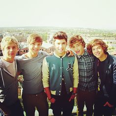 Remember these guys? So young! {by British One Direction}