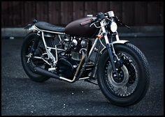 Yamaha XS 650 by Clutch Custom Motorcycles.