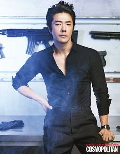 """The Top 10 K-Drama Actors Over 35 You'd Still Call """"Oppa"""": Kwon Sang Woo XDDDD (I'm so dying with this pic)"""