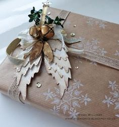 That's Life: Peace On Earth with Tim Holtz dies from Sizzix for a beautiful gift wrap Christmas Cards To Make, Christmas Gift Wrapping, Christmas Tag, Xmas Cards, Christmas Projects, Winter Christmas, Christmas Decorations, Bohemian Christmas, Frugal Christmas