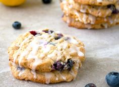 Blueberry Oatmeal Cookies with lemon glaze Homemade Cookies, Yummy Cookies, No Bake Cookies, Brownie Cookies, Cupcake Cookies, Oat Cookies, Blueberry Oatmeal Cookies, Oatmeal Cookie Recipes, Cookie Desserts