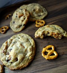 The Cooking Actress: Pretzel Chocolate Chip Peanut Butter Cookies