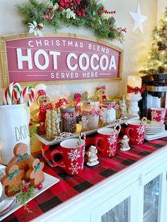 Cabin Christmas, Small Christmas Trees, Christmas Kitchen, Christmas Gingerbread, Christmas Signs, Christmas Time, Christmas Crafts, Christmas Ideas, Merry Christmas