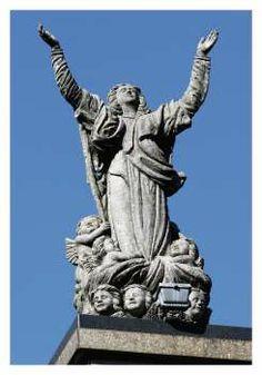 Monumento a Nossa Senhora da Gloria