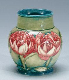 Moorcroft Waratah Vase, c.1932