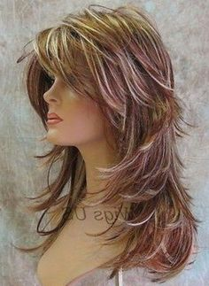 If you want a natural new medium layered hair cuts from summer to fall, why not try these medium layered hair cuts hair styles or colors? Medium Hair Cuts, Long Hair Cuts, Medium Hair Styles, Curly Hair Styles, Medium Layered Hair, Layered Cuts, Haircuts For Long Hair With Layers, Long Layered Haircuts, Straight Haircuts