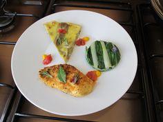 JHS  / Escalopes de poulet omelette aux artichauts et pommes de terre , bette à carde verte et tomate Gino D'Aquino