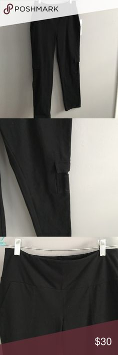 Women IN Control shaping cargo legging pant🖤 By Renee Greenstein on QVC. Brand New with tag. Never worn. Shaping cargo style slim pant. Bought and didn't fit but didn't return in time. Great feeling. Higher, tummy control waist. Can roll up bottom hem.  Save $$ women in control by renee greenstein Pants Straight Leg