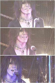 You Shiroyama - Aoi - the GazettE. Aww, Aoi-kun! ♡