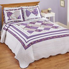 Kaylee Purple and White Floral Bedspread
