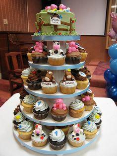 Farm Animal Cupcake Tower by jdesmeules (Blue Cupcake), via Flickr