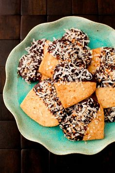 ... Best Shortbread Recipes For Holiday Baking: Toasted Coconut Shortbread