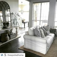 Is it Friday yet? It needs to be Friday. Because if it were Friday, we'd be knocking on @thespoiledhome's door with a bottle of pinot grigio ready to settle in this cozy spot and watch #fixerupper reruns all night. #hopeyoudontmind #thosewindowstho (Photo and design by @thespoiledhome)