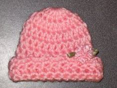 Preemie Snuggle Cap ~ free pattern at http://web.archive.org/web/20070203192058/http://crittersdesigns.com/14.html