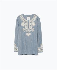 Embroidered denim blouse by Zara Denim Blouse, Denim Top, Blouse Dress, Blue Blouse, Blue Denim, Kurti Embroidery Design, Pakistani Dress Design, Linen Dresses, Embroidery