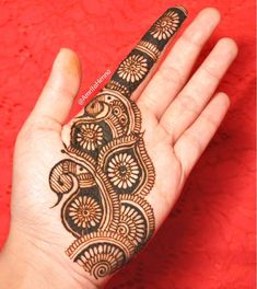 "Do you want to apply easy Eid mehndi designs at home? Must check out these simple and easy mehndi designs for Eid Watch a step by step video tutorial about ""how to apply easy mehndi design?"" Choose your favorite design and inspire everyone. Henna Hand Designs, Eid Mehndi Designs, Mehndi Designs Finger, Peacock Mehndi Designs, Simple Arabic Mehndi Designs, Mehndi Designs For Girls, Mehndi Designs For Beginners, Mehndi Designs For Fingers, Mehndi Patterns"