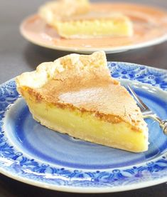This Historic Transparent Pie is a very popular recipe in Kentucky. One bite of its rich, custardy like filling and you'll be hooked for life! Transparent Pie Recipe, Pie Recipes, Dessert Recipes, Pie Dessert, Dessert Ideas, Recipies, Just Desserts, Delicious Desserts, Pie Dough Recipe