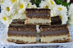 Indiene cu frisca - CAIETUL CU RETETE Food Cakes, Tiramisu, Delicious Desserts, Food To Make, Cake Recipes, Cake Decorating, Cheesecake, Caramel, Cooking Recipes