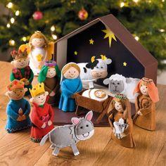Away In A Manger Nativity Set - Advent Calendars & Nativity - Christmas… Nativity Ornaments, Nativity Crafts, Felt Christmas Ornaments, Christmas Nativity, A Christmas Story, Christmas Projects, Kids Christmas, Felt Crafts, Christmas Crafts