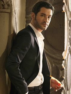 Lucifer (Fox) starring Tom Ellis, Lauren German, Rachael Harris, DB Woodside, Lesley-Ann Brandt, Nicholas Gonzalez, Scarlett Estevez
