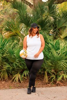 Decked Out in SPANX Activewear by Sarah Blakely | Estrella Fashion Report Spanx Shapewear, Local Girls, Plus Size Activewear, Brand Ambassador, Black Leggings, Hosiery, Active Wear, Deck