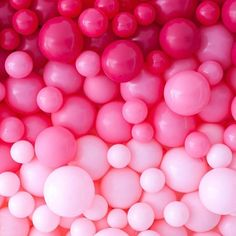 My all time favorite color is pink. I love all shades of pink. What would a world without pink be? A world without pink would be useless and dead. Pink Balloons, Heart Balloons, Pink Bubbles, Pink Lila, Pastel Pink, Color Rosa, Pink Color, Wallpapers Rosa, Pretty In Pink