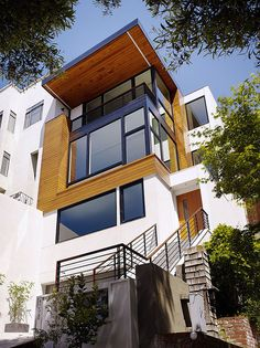 Striking Hill Street Residence by John Maniscalco Architecture / Dolores Heights, San Francisco, USA