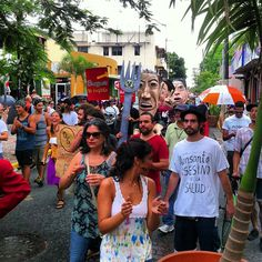 Llega a la Placita se Santurce la #marchamonsantopr