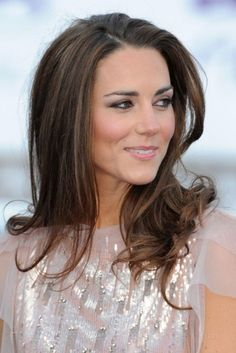 Pure Beauty Kate Middleton. J'aime ses cheveux